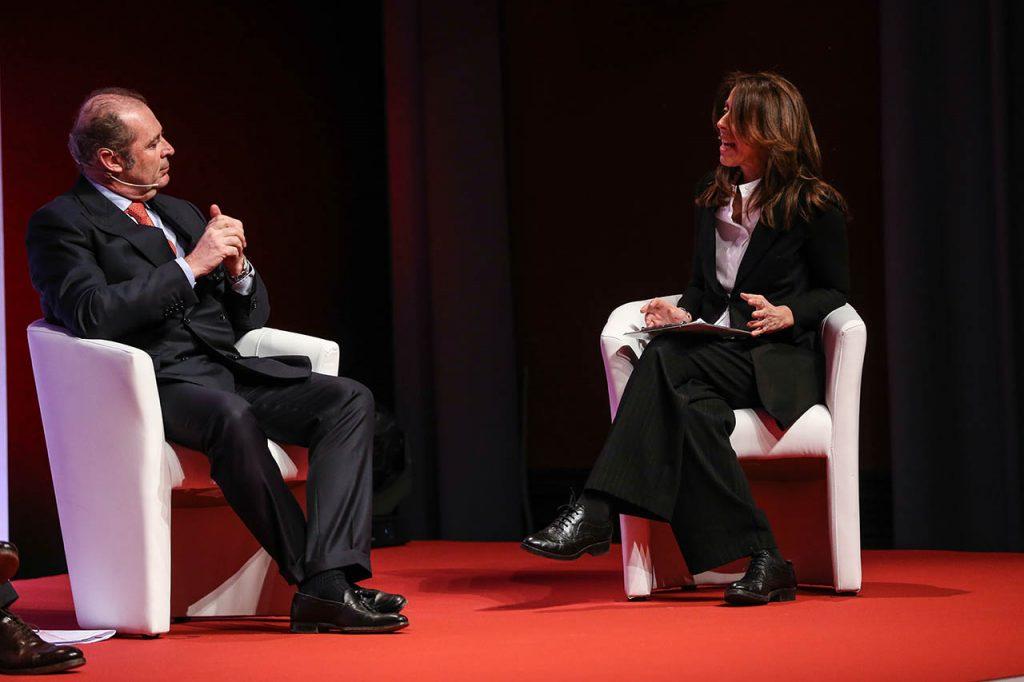 Philippe Donnet - Group CEO di Generali e Alessandra Sardoni - Giornalista La7