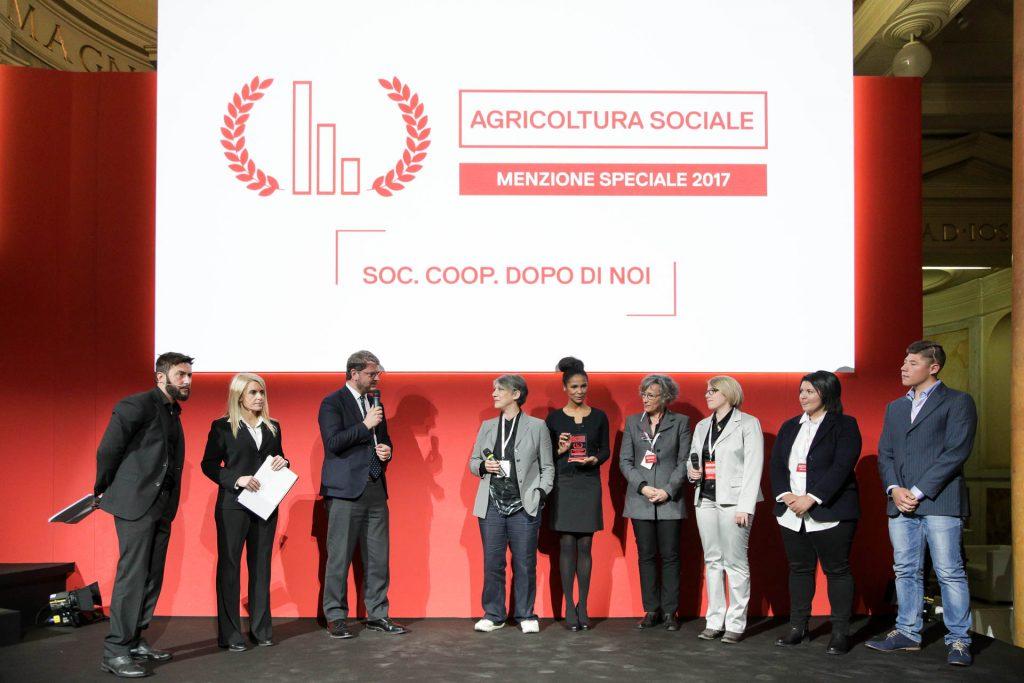 """Menzione speciale: Agricoltura Sociale a Dopo di Noi, per i progetti di inclusione lavorativa e sociale dei disabili e delle persone a rischio di emarginazione, """"Il valore di abilità diverse"""""""